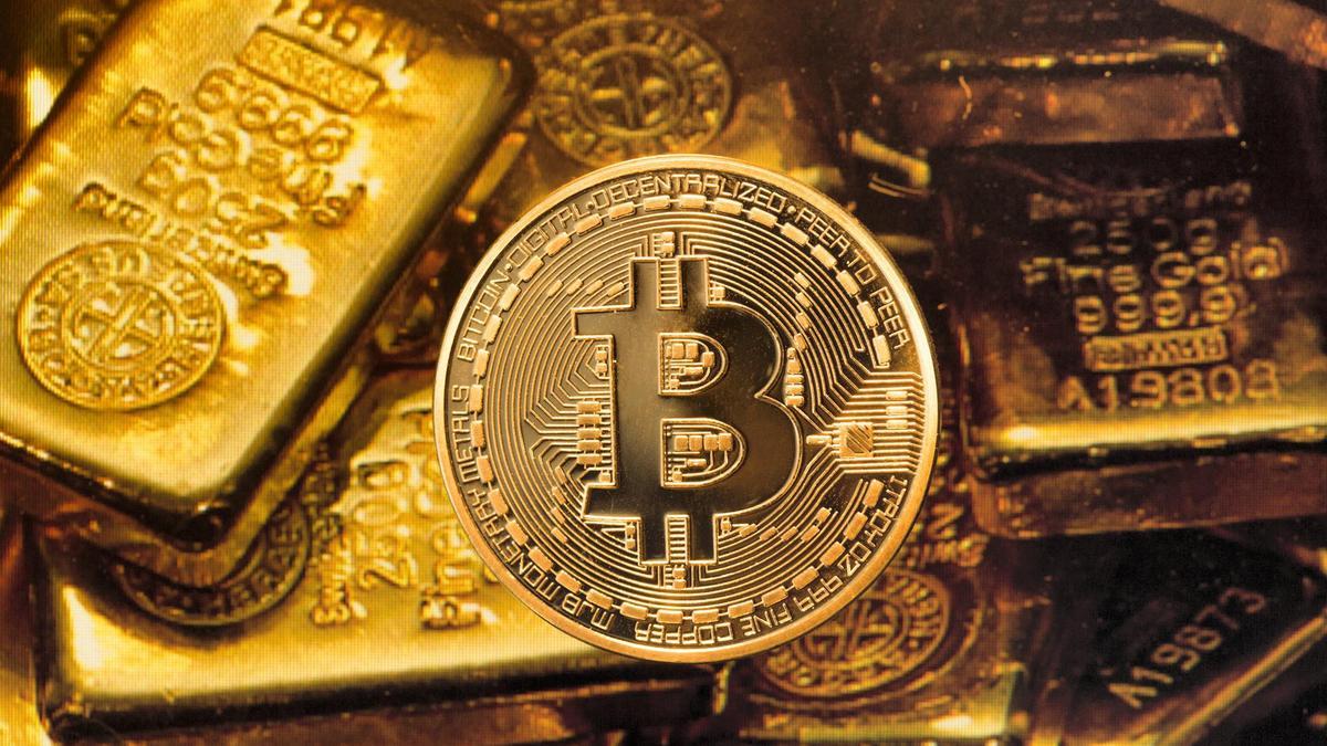 Money col - Bitcoin остается лучшим активом года, после золота