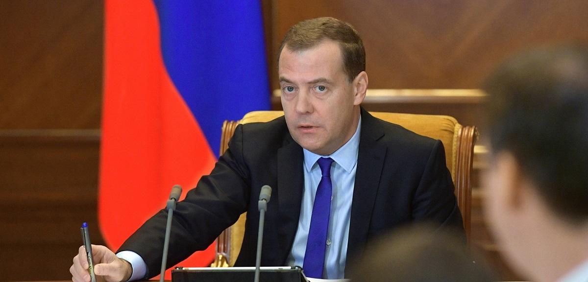 dmitrij medvedev - Медведев не видит смысла в регулировании криптовалют в РФ